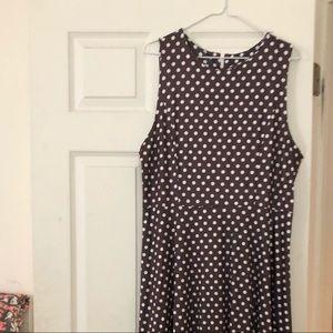 Dresses & Skirts - Maxi dotted dress new